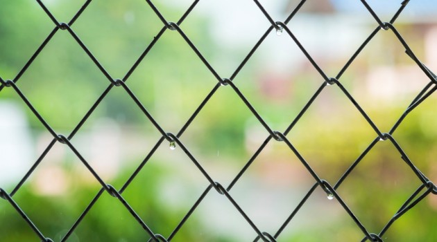5 Ways to Spruce up Your Chain Link Fence