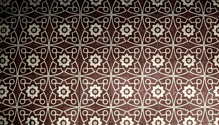 Get Rid of Outdated Wallpaper